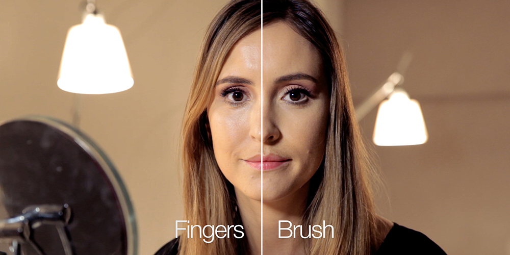 Are foundation brushes better than fingers? An experiment