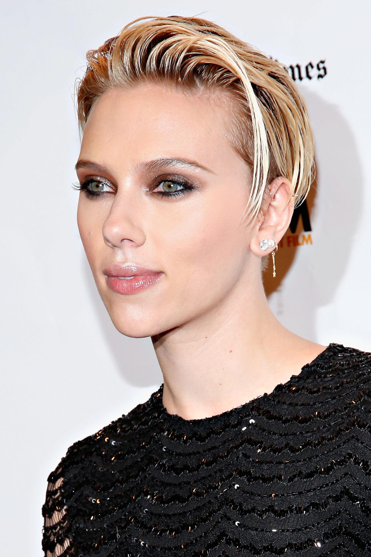 Scarlett Johansson New Short Hair Hairstyle Gallery