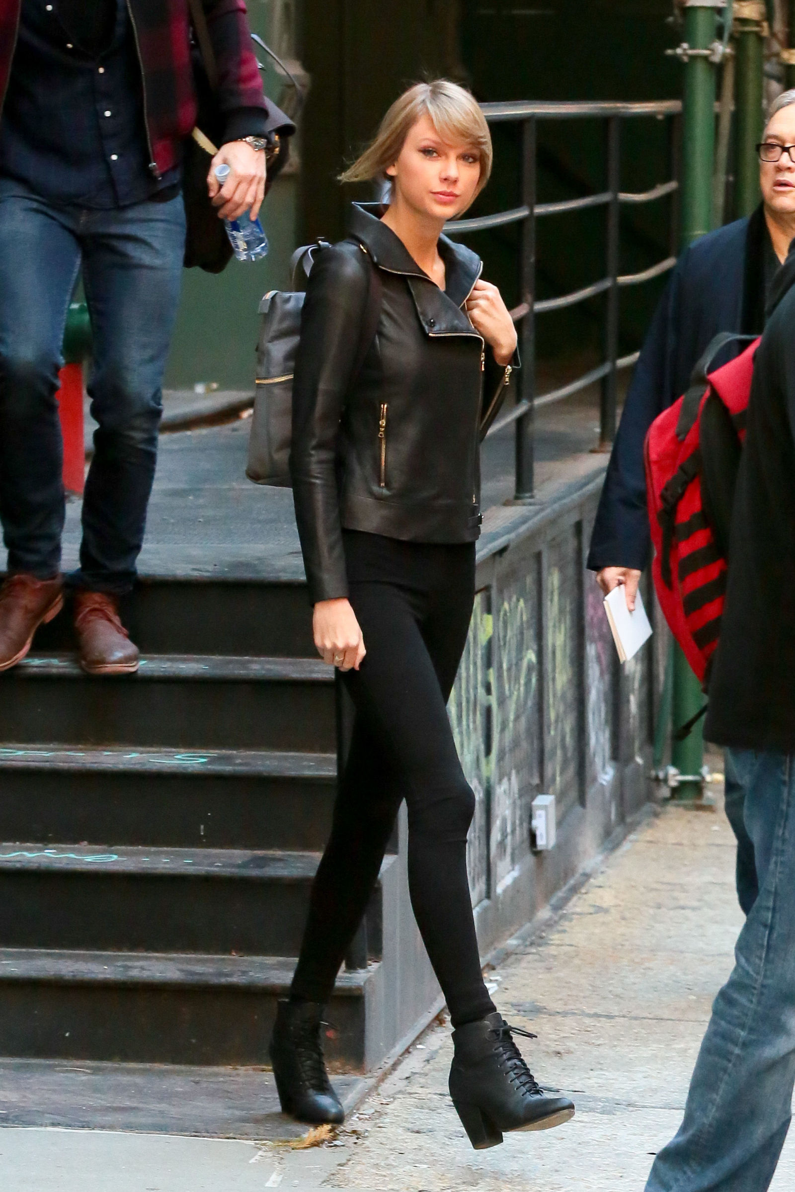 Taylor Swift S Post Christmas Biker Chic Look Of Joy