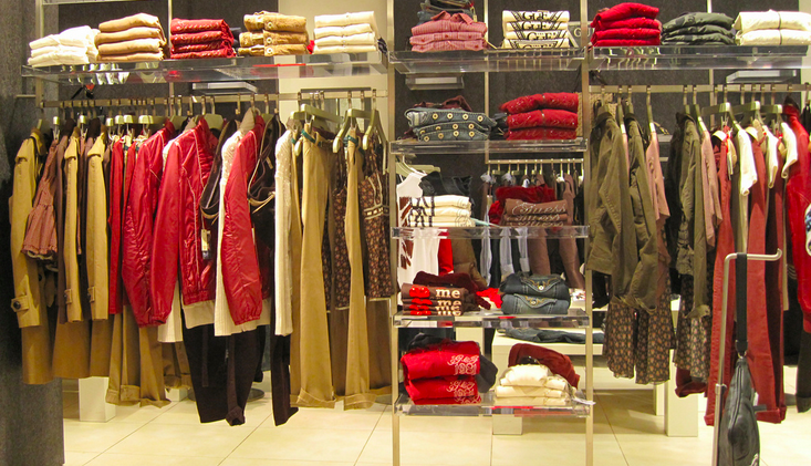 17 things all clothes shop workers want you to