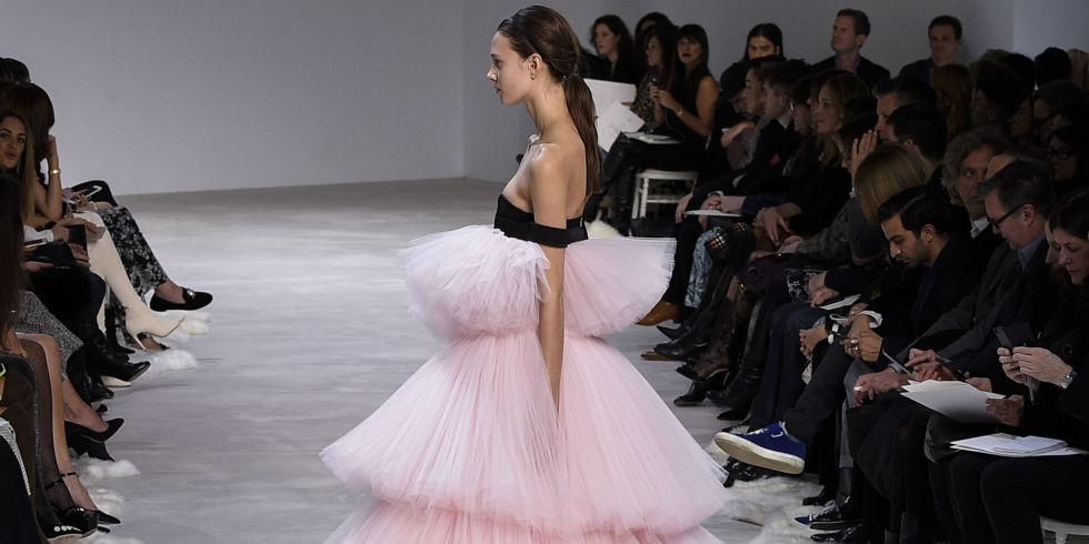 Giambattista Valli haute couture Paris Fashion Week
