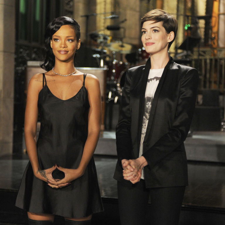 'Ocean's Eight' Reportedly Adds Rihanna, Anne Hathaway