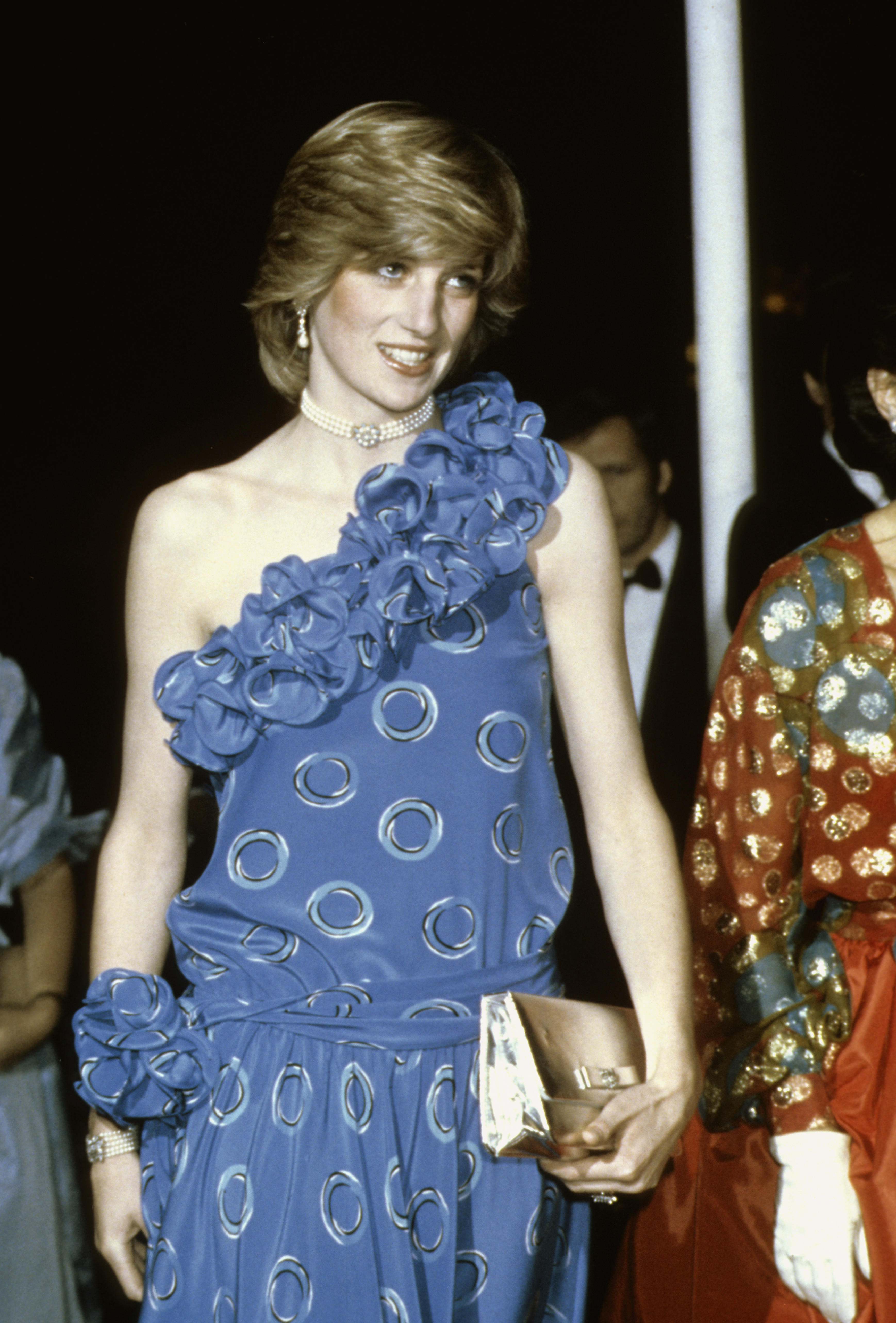 Princess Diana 39 S Most Iconic Outfits In Photos