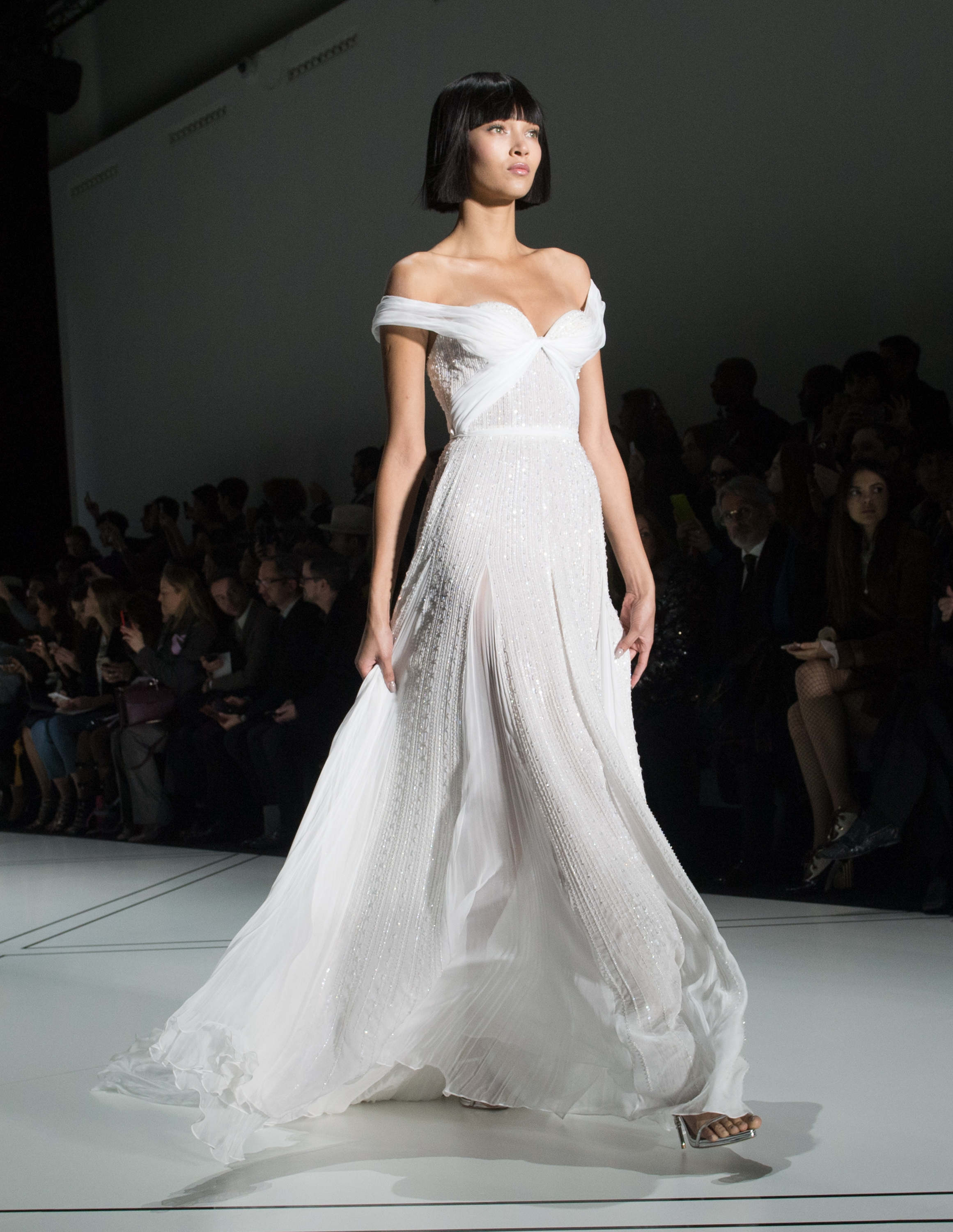 The most beautifully ott wedding dresses from paris haute for Where to buy haute couture dresses