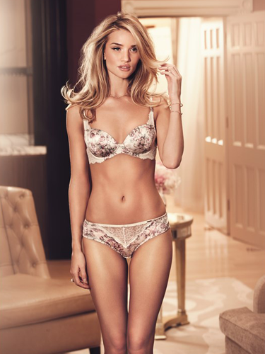 Rosie huntington whiteley looks amazing in sexy new lingerie line for