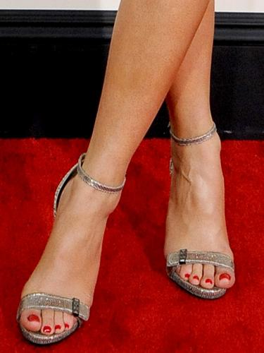53d3420912886   rita ora red carpet de - Katy Perry Shoes