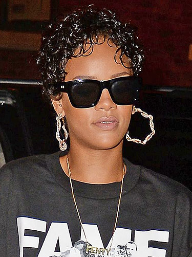 Astonishing Rihanna39S Wet Look Curls See Her Slick Short Hairstyle Hairstyles For Men Maxibearus