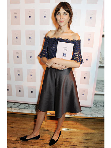 Alexa Chung 39 S New Book It The Cosmo Review