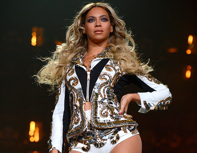 Beyonc Pens Feminist Essay: Gender Equality Is A 'Myth' - Video